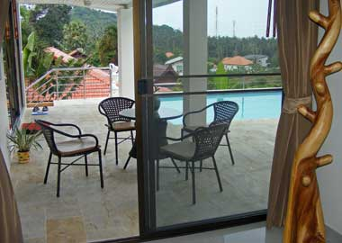 terrace in front bedroom 1
