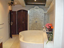 En suite bathroom 1