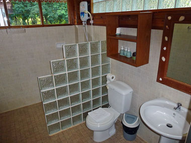 A 3 bathroom with shower