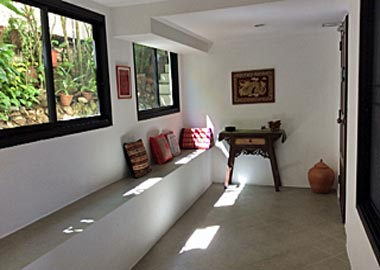 entrance hall apartment 2 on Samui