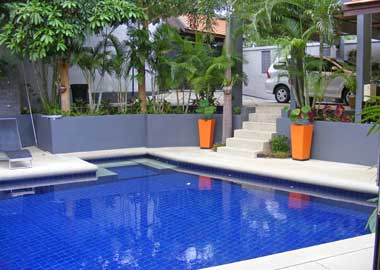 Pool and parking on Samui